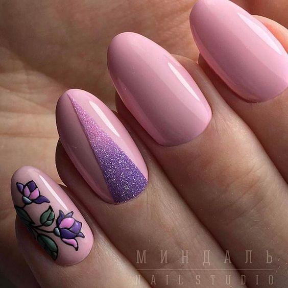 Маникюр с сиреневым и розовым цветом