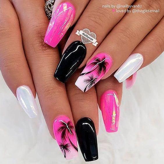 Дизайн с пальмами на ногтях