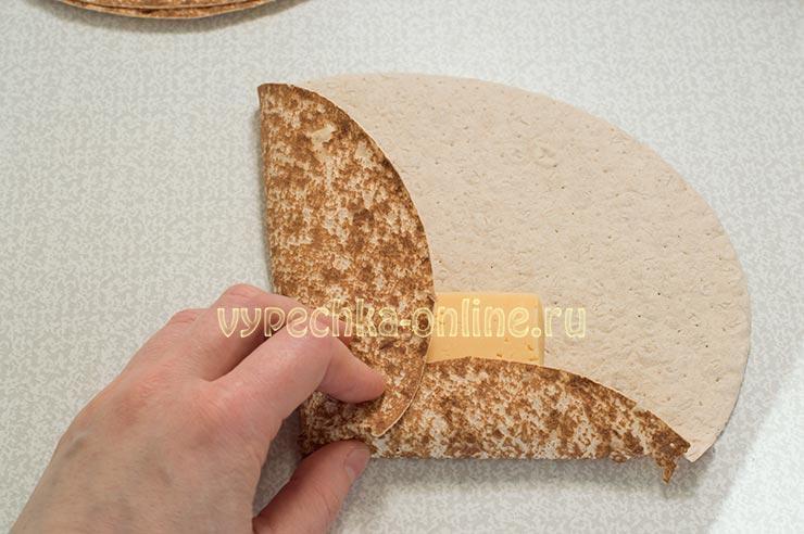 Пирожки из лаваша с сыром рецепт с фото