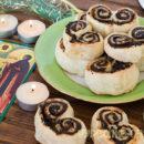 Плюшки из слоёного теста в духовке – постные, с черносливом: как свернуть, рецепт с фото
