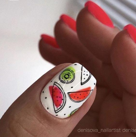 Дизайн ногтей с арбузом и киви