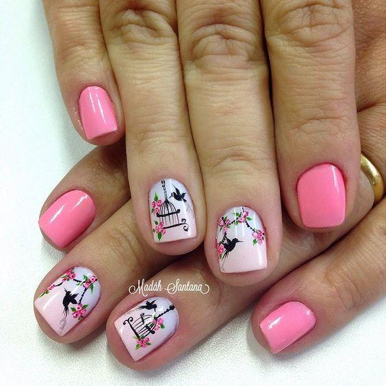 Птички на ногтях