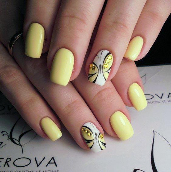 Дизайн ногтей с бабочками и стразами: летний маникюр – идеи с фото