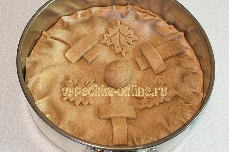 Постный пирог с капустой с цельнозерновой мукой