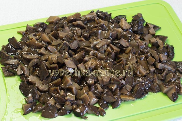 Маринованные грибы кубиком