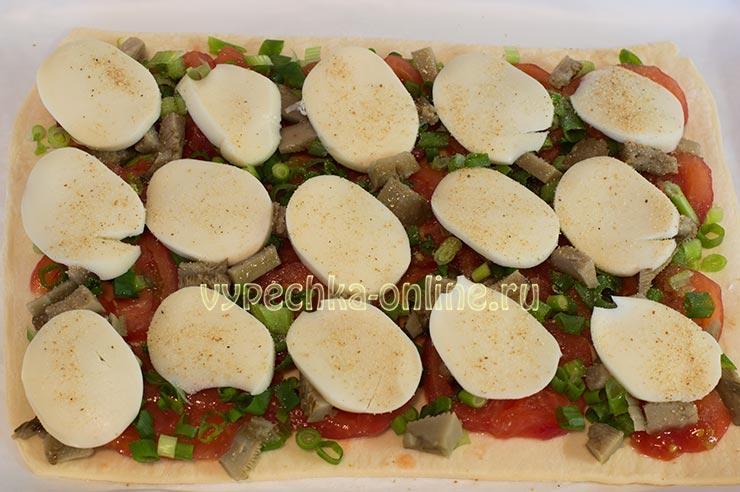 Пицца из слоеного бездрожжевого теста в духовке рецепт с фото пошагово