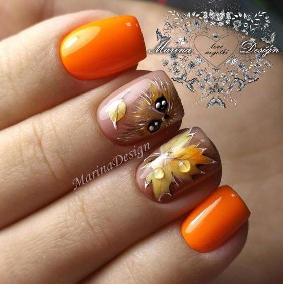 Кленовые листья на ногтях рисунки