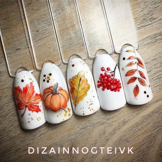 Осенний маникюр с тыквой