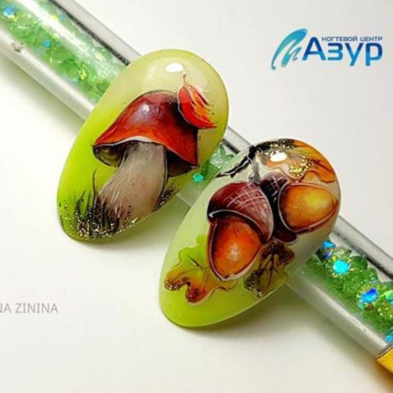 Дизайн ногтей с желудями