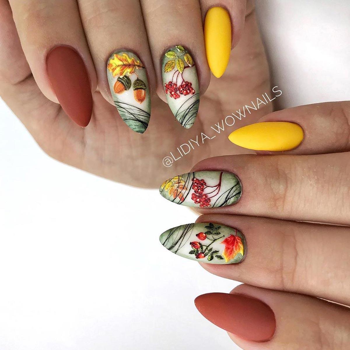 Жёлуди на ногтях – осенний дизайн маникюра с фото