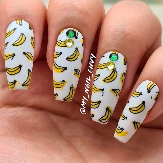 маникюр с бананами фото
