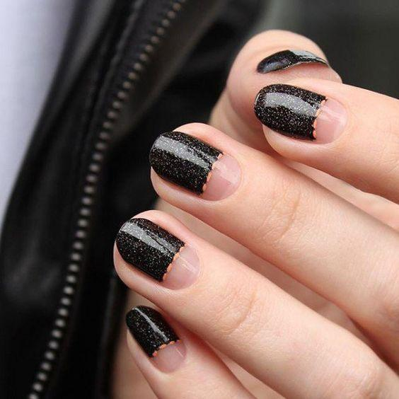 Маникюр чёрный с прозрачным – дизайн ногтей с фото