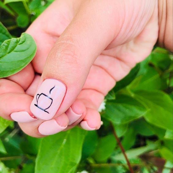кофейный дизайн ногтей