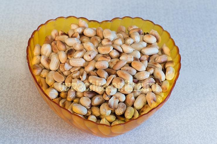 Очистка арахиса от шелухи