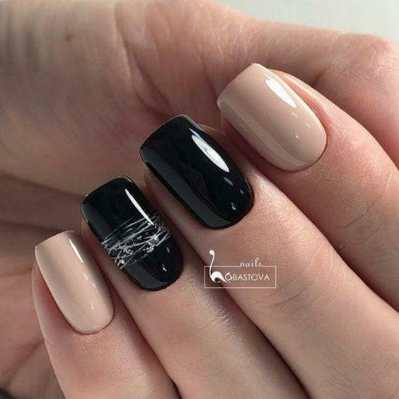 дизайн ногтей чёрный с нюдом
