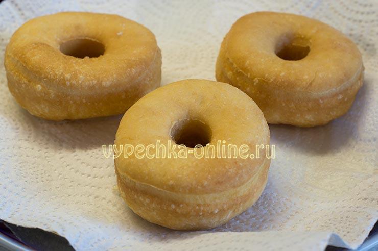 Пышные пончики на молоке с дырочкой рецепт с фото