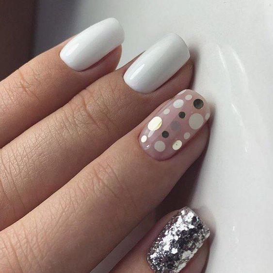 Дизайн ногтей в горошек 2020 – фото маникюра