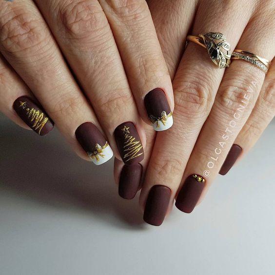дизайн ногтей с ёлкой