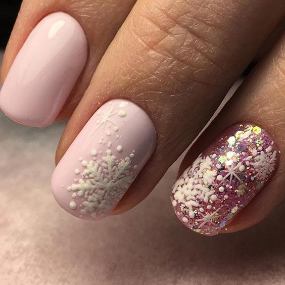 снежинки на ногтях фото