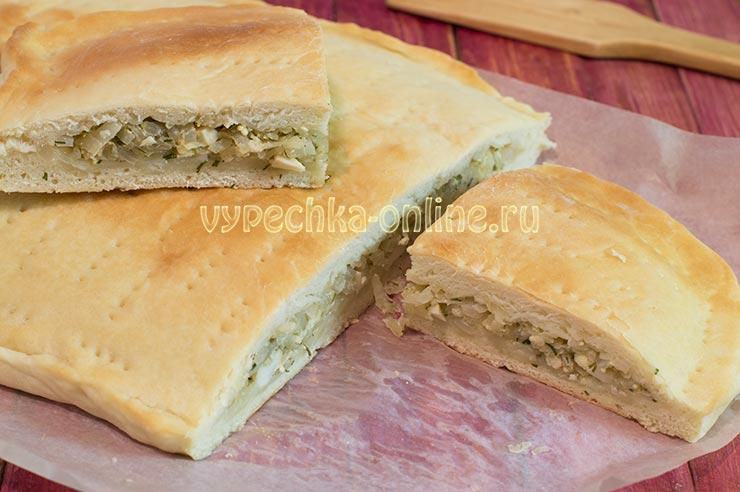 Дрожжевой пирог с бланшированной капустой