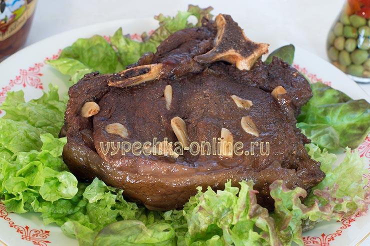 Мясо в гранатовом соусе в духовке