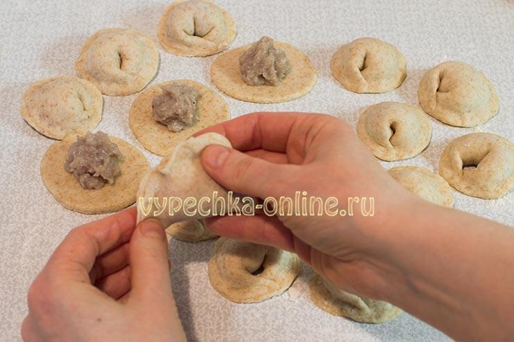 Пельмени домашние очень вкусные рецепт пошаговый из свинины