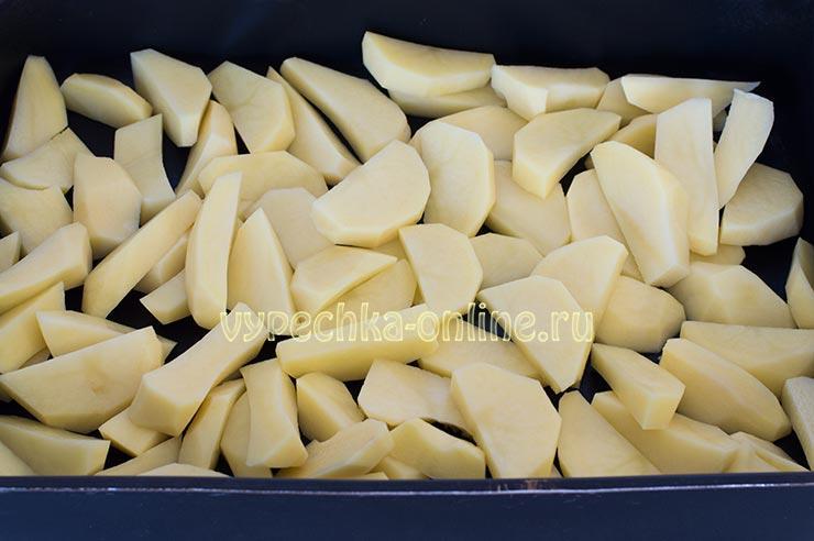Нарезала картошку