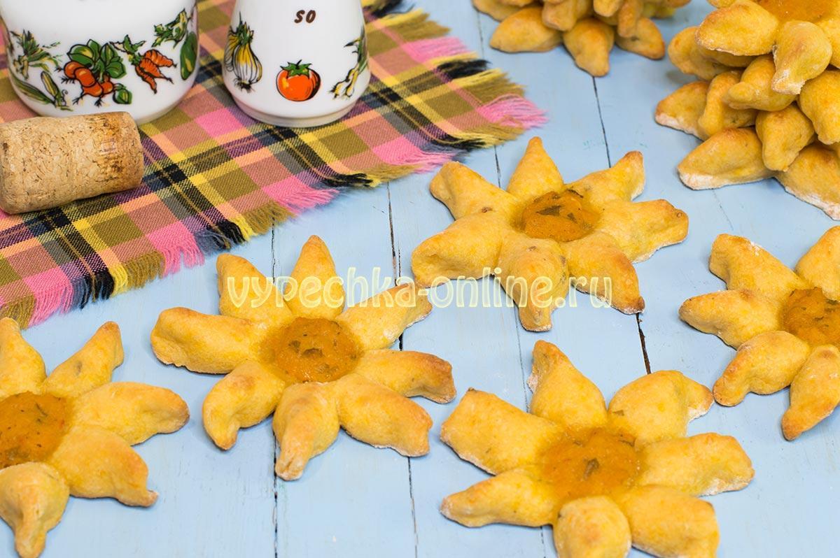 Постные булочки без дрожжей Цветочки (несладкие)