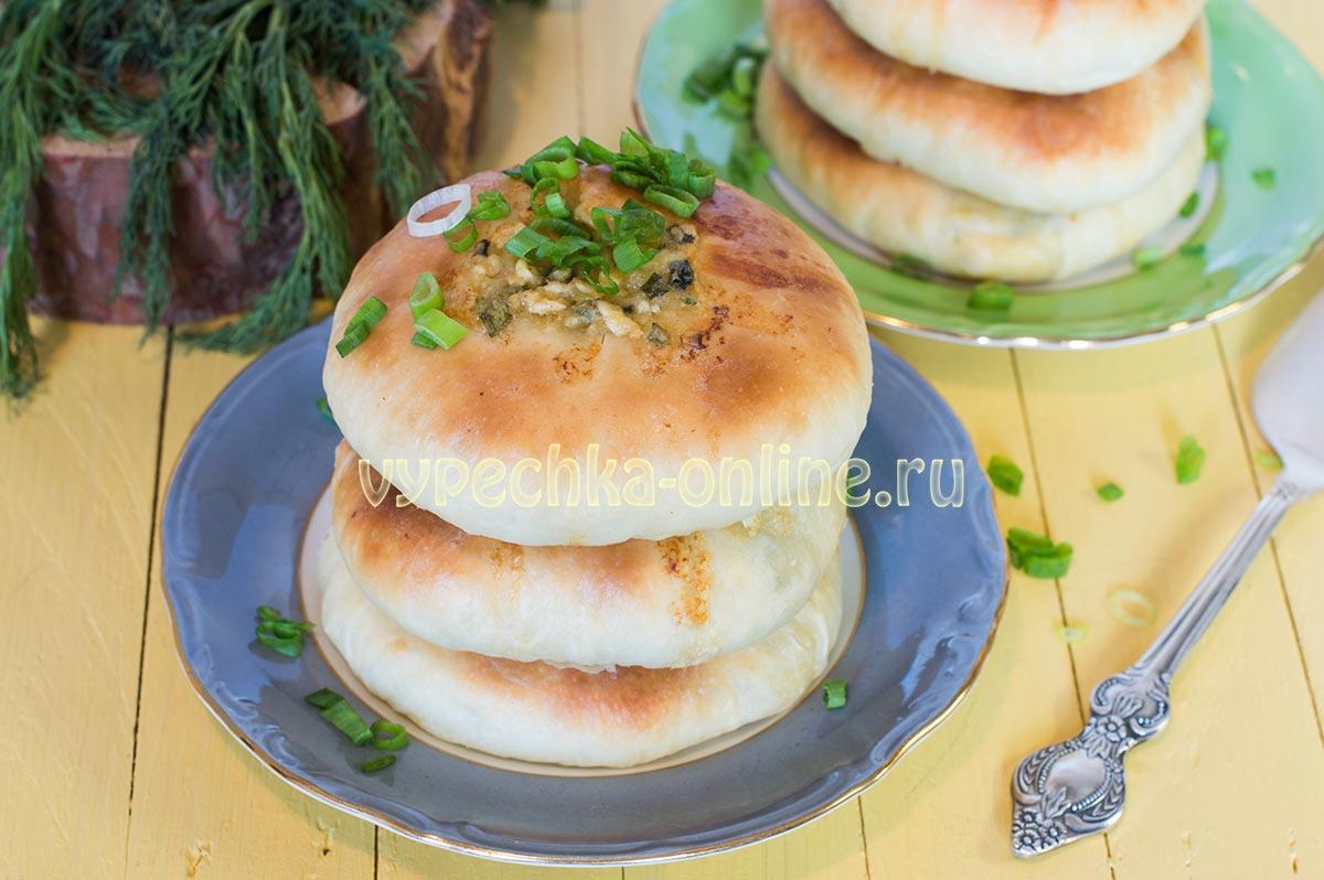 Домашние хачапури с сыром в духовке из дрожжевого теста