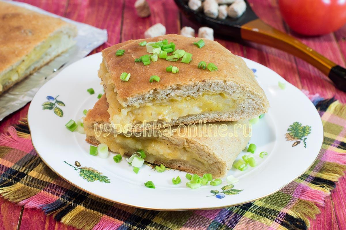 Постный пирог с картошкой на дрожжах