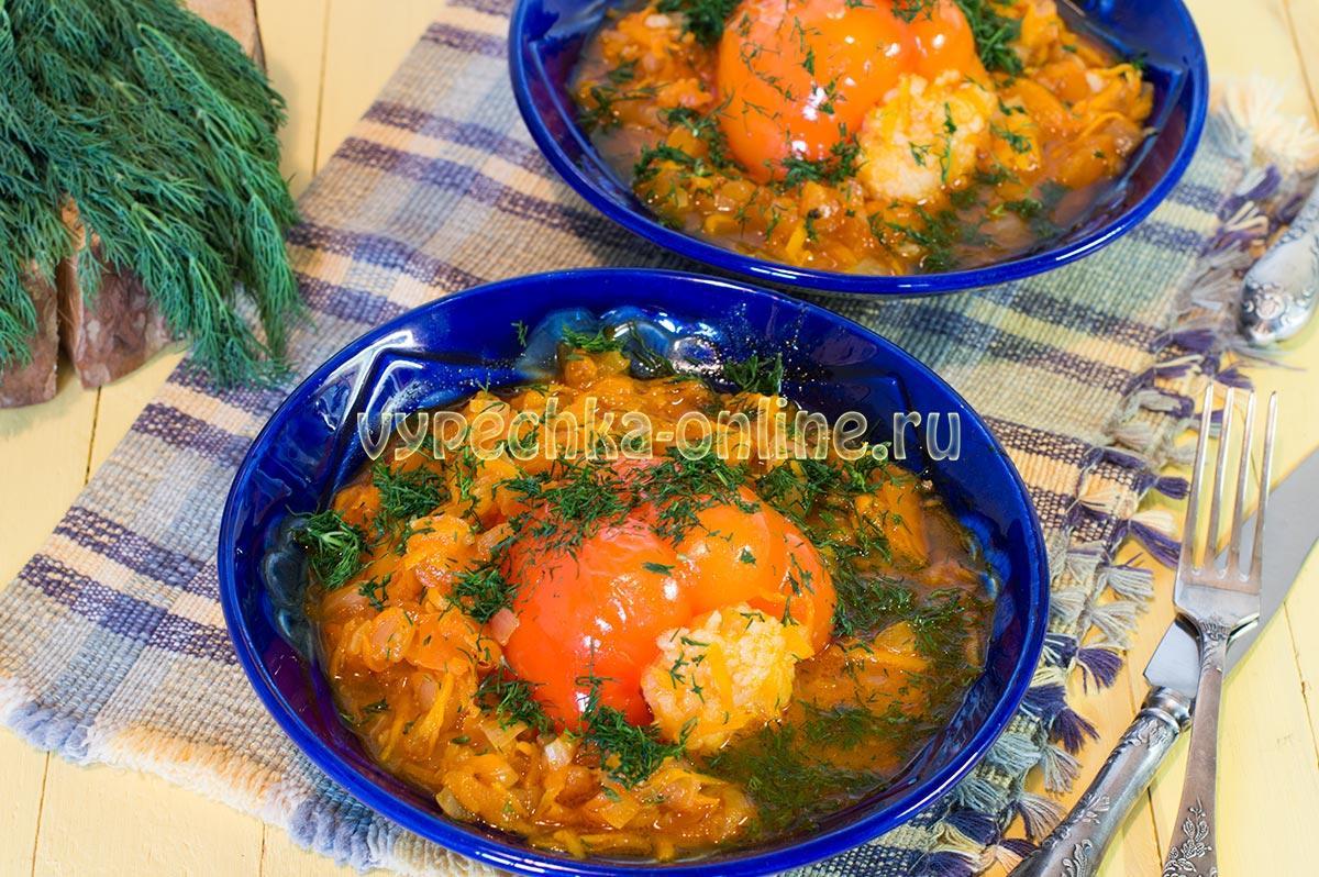 Вегетарианский фаршированный перец с рисом